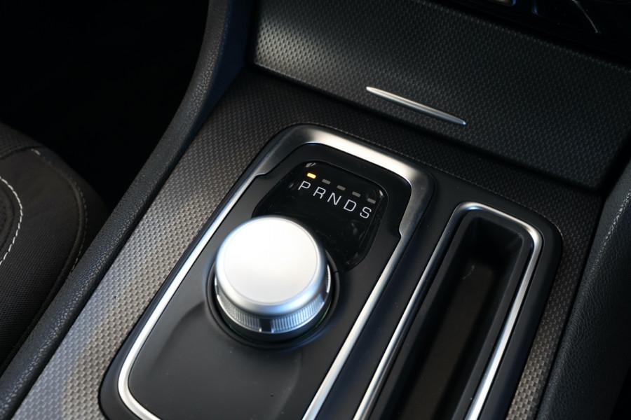 2019 Chrysler 300 LX SRT Core Sedan Image 15