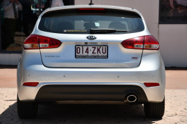 2014 Kia Cerato YD MY14 Si Hatchback Image 4