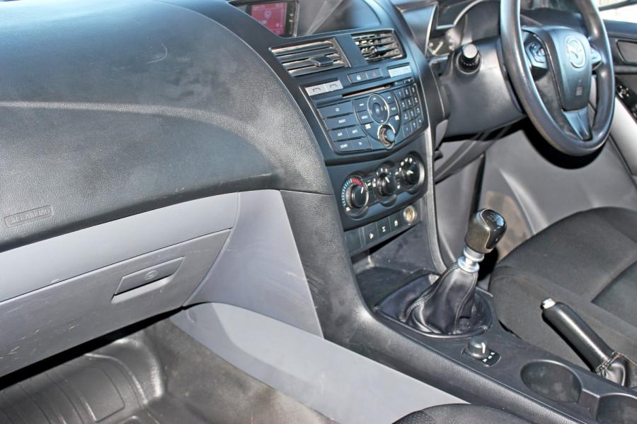 2015 Mazda BT-50 UR0YF1 XT Cab chassis - dual cab Image 12