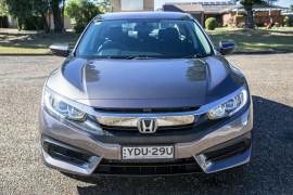 2016 Honda Civic 10th Gen  VTi Sedan Image 3