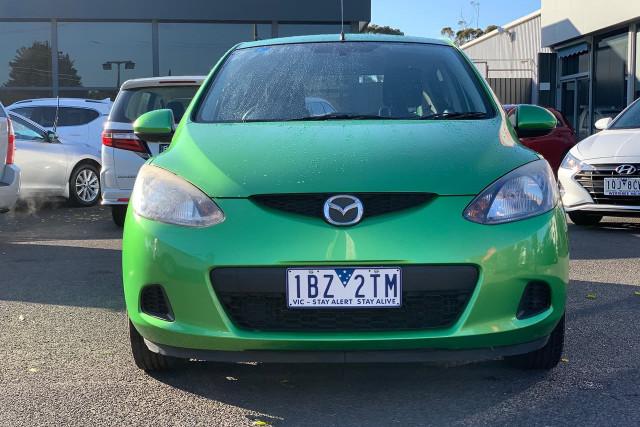 2010 Mazda 2 Neo 5 of 22
