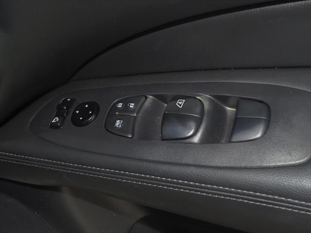 2019 Nissan Pathfinder R52 Series III MY19 ST-L N-TREK Suv Image 13