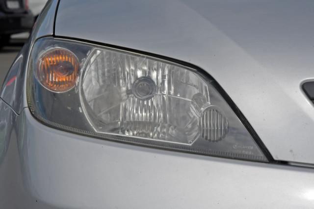 2004 Mazda 2 DY Series 1 Neo Hatchback Image 14