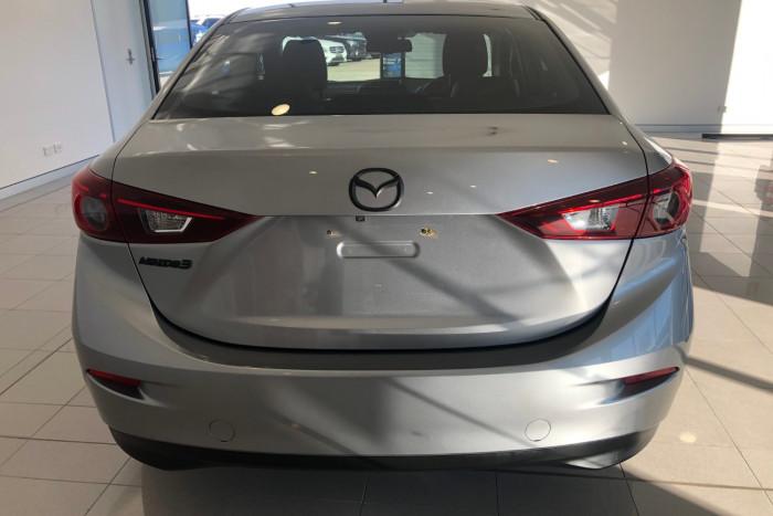 2014 Mazda 3 BM5278 Touring Sedan Image 8
