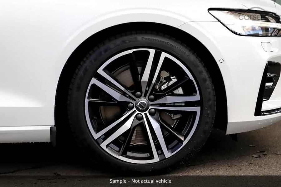 2021 Volvo S60 Z Series T5 R-Design Sedan Image 12