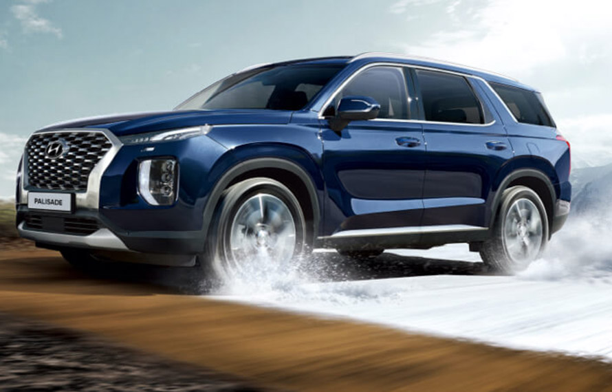 Palisade Two engines - 3.8 GDi 2WD and 2.2 CRDi AWD.