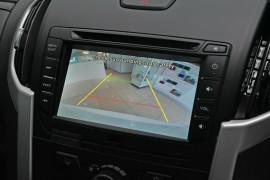 2020 MY19 Isuzu UTE MU-X LS-M 4x2 Wagon Mobile Image 9