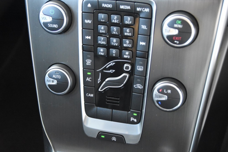 2014 Volvo V40 Vehicle Description. M  MY14 D4 Luxury HBK 5dr AGT 6sp 2.0DT D4 Hatchback