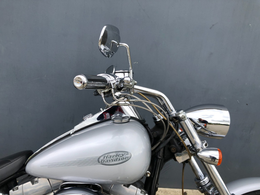 2002 Harley Davidson Softail FXST Standard Motorcycle Image 7