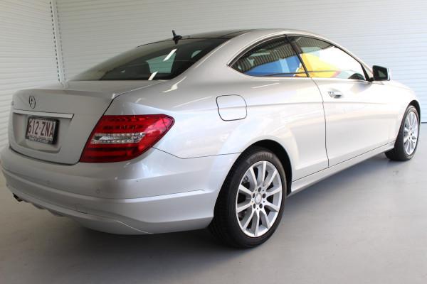 2012 Mercedes-Benz C-class C204 C180 BLUEEFFICIENCY Coupe Image 2
