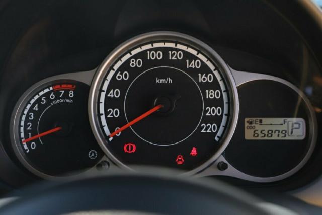 2013 MY14 Mazda 2 DE Series 2 Neo Sport Hatchback Image 15