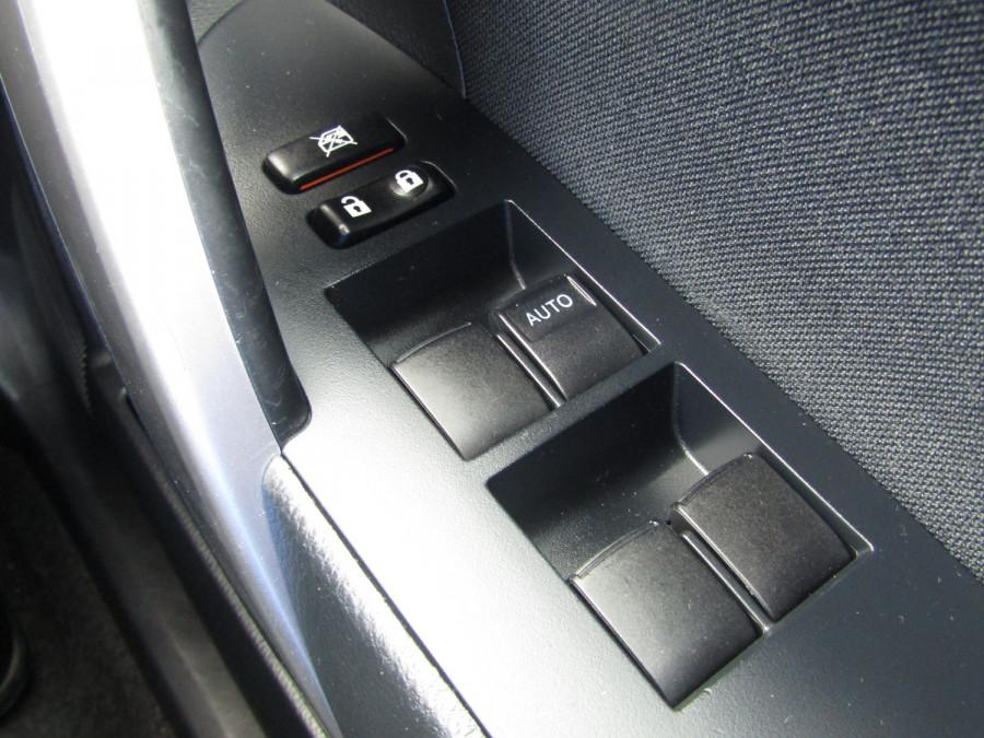 2014 Toyota Corolla ZRE172R Ascent Sedan Image 17