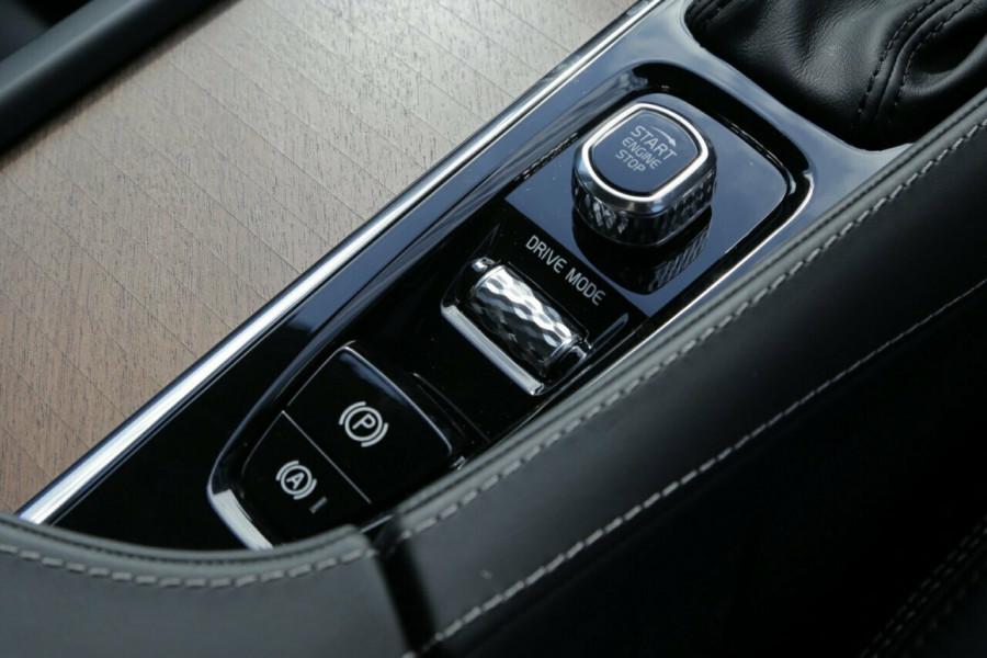 2018 MY19 Volvo XC90 L Series T6 Inscription (AWD) Suv Mobile Image 13