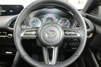 2021 Mazda 3 BP G20 Touring Hatchback image 27