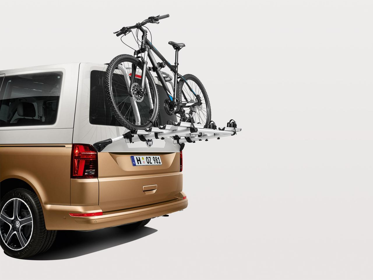 Designed to work around you Bicycle tailgate carrier Image