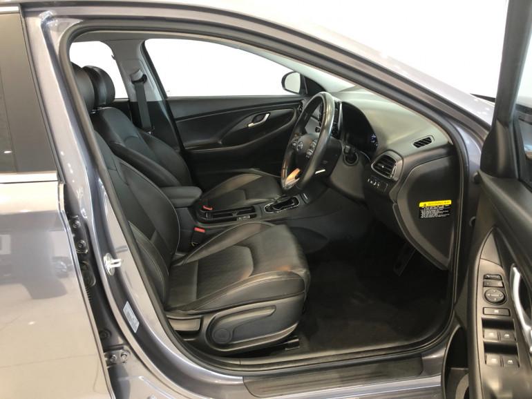 2018 Hyundai i30 PD Elite Hatchback Image 11
