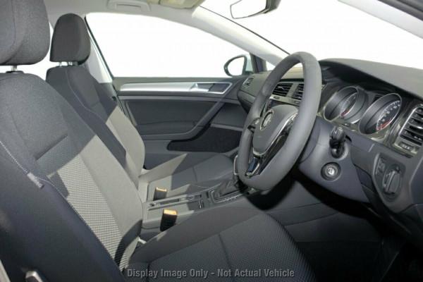 2020 Volkswagen Golf 7.5 110TSI Trendline Hatchback Image 5