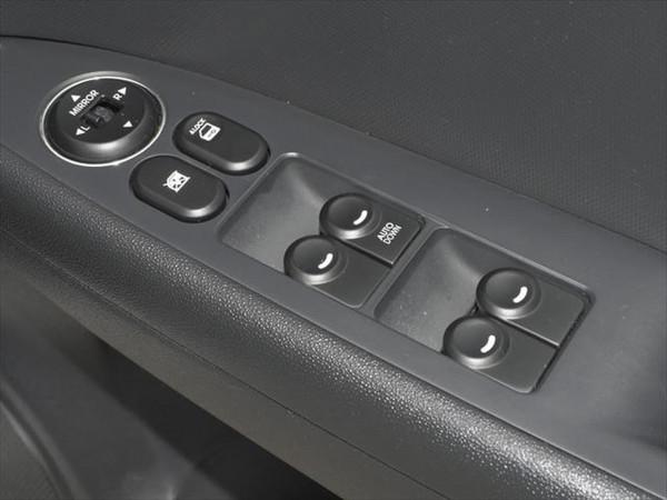 2011 Hyundai I30 FD MY11 SX Hatchback image 16
