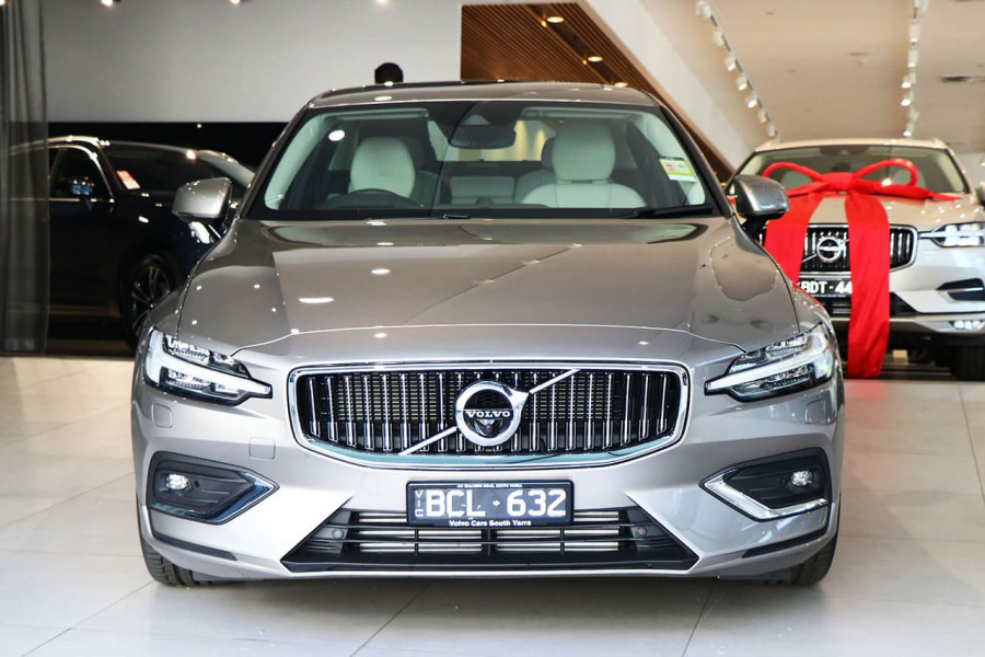 2019 MY20 Volvo S60 Z Series T5 Inscription Sedan Mobile Image 2