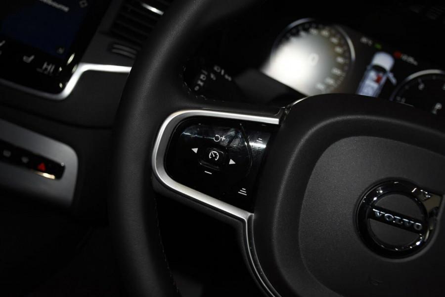 2019 Volvo XC90 (No Series) MY19 D5 Momentum Suv Mobile Image 14