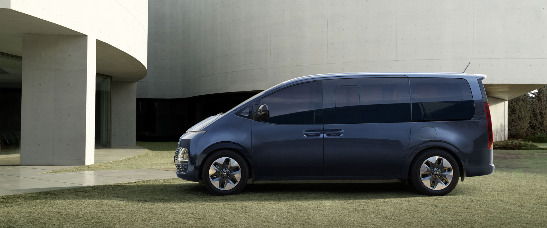 Get in early with Hyundai Pre-order. Image
