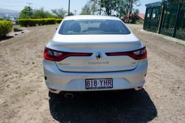 2018 MY17 Renault Megane Sedan LFF Zen Sedan
