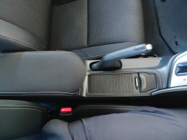 2015 Honda Civic 9th Gen Series II VTi-S Hatchback image 21