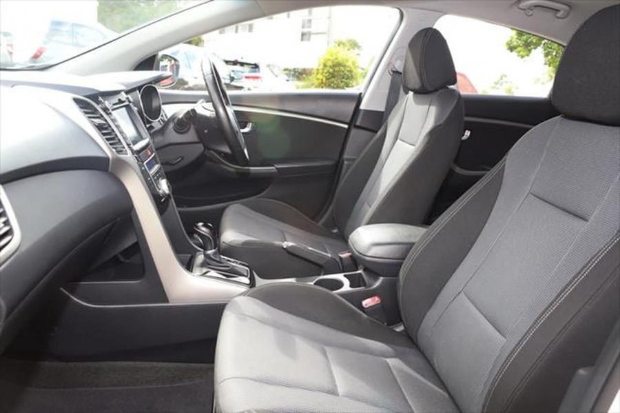 2012 Hyundai I30 GD Elite Hatchback Image 8