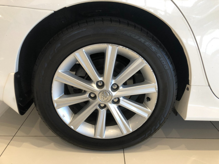 2017 Toyota Aurion GSV50R AT-X Sedan Image 14
