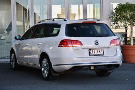 2011 Volkswagen Passat Type 3C MY11 118TSI Wagon Image 3