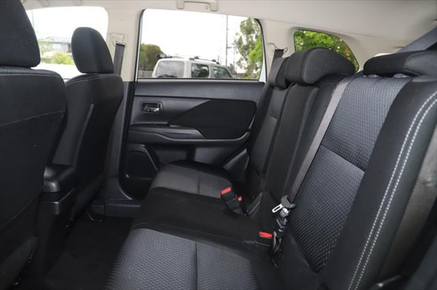 2017 Mitsubishi Outlander ZK MY18 LS Suv Image 9