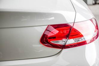 2016 Mercedes-Benz C-Class C205 C300 Coupe Image 4