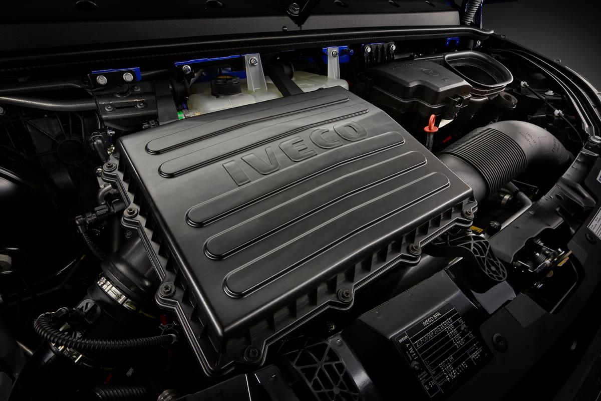 Daily 4x4 Minibus ENGINE
