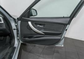 2013 BMW 318d F30 MY0813 Sedan