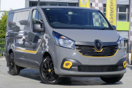 Renault Trafic Formula Edition Low Roof SWB X82