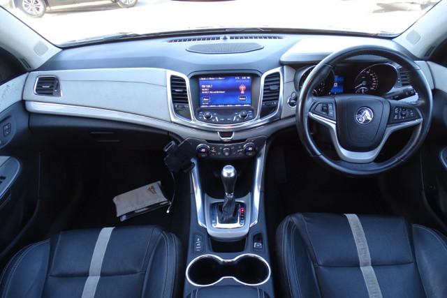 2013 Holden Commodore Calais 16 of 30