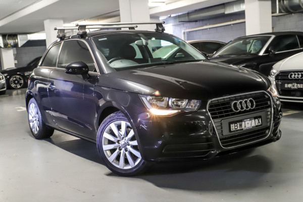 Audi A1 Attraction 8X
