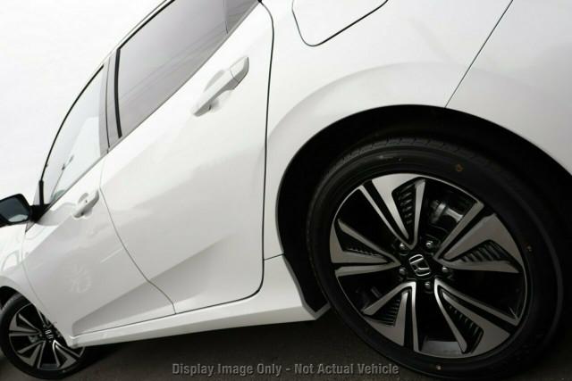 2019 Honda Civic Sedan 10th Gen VTi-LX Hatchback Image 4