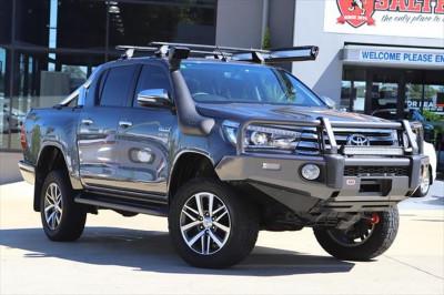 2015 Toyota HiLux GUN126R SR5 Utility Image 2