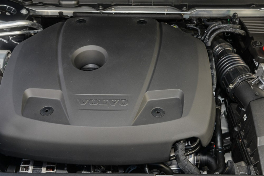 2018 MY19 Volvo XC90 L Series T6 Momentum Suv Mobile Image 18