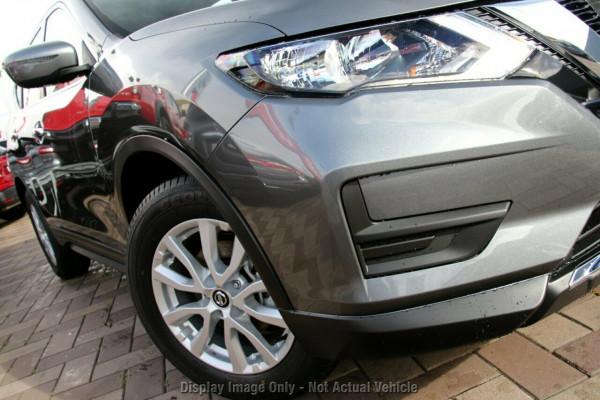 2020 Nissan X-Trail T32 Series 2 ST 2WD 7 Seats Suv Image 2