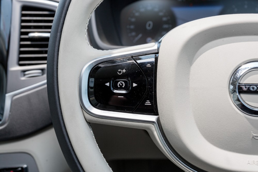 2019 MY20 Volvo XC90 L Series T6 Momentum Suv Image 11