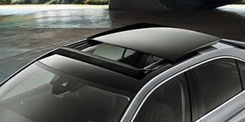 Electric sunroof (Sedan)