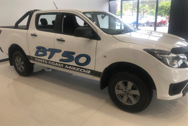 2019 MYch Mazda BT-50 UR 4x4 3.2L Dual Cab Pickup XT Ute Image 4