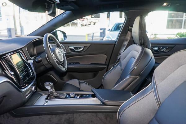 2021 Volvo S60 Z Series T5 R-Design Sedan Image 4