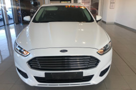 2015 Ford Mondeo MD Ambiente Hatchback Image 2