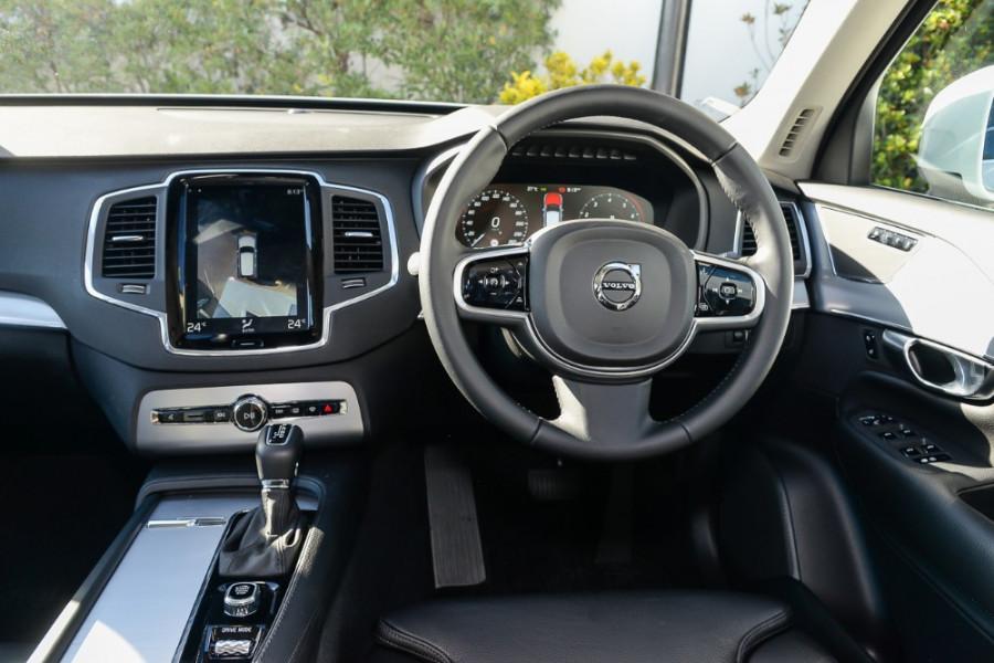 2017 MY18 Volvo XC90 L Series T6 Momentum Suv Mobile Image 7