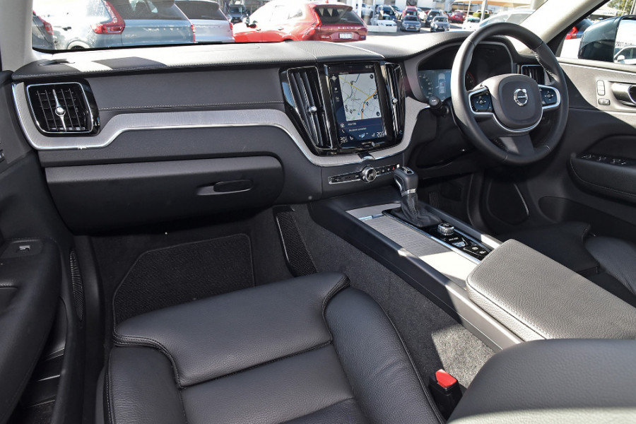 2019 Volvo XC60 UZ T5 Inscription Suv Mobile Image 8