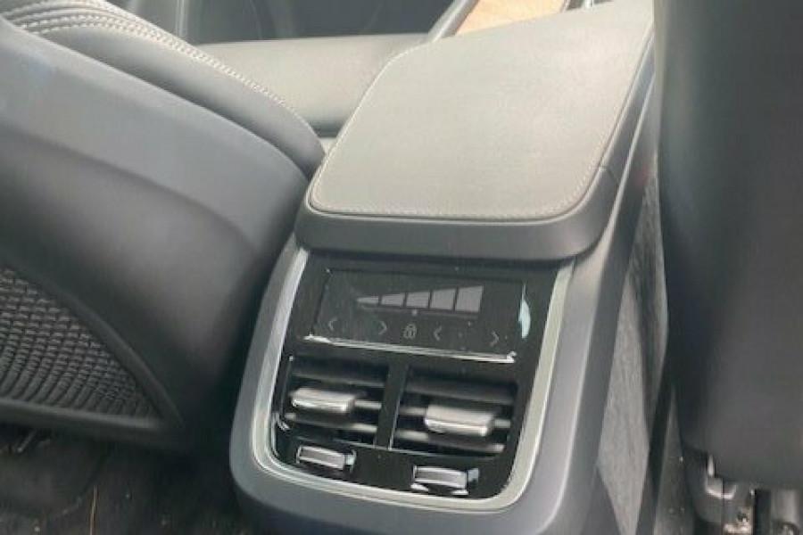 2019 Volvo XC90 L Series D5 Inscription Suv Image 24