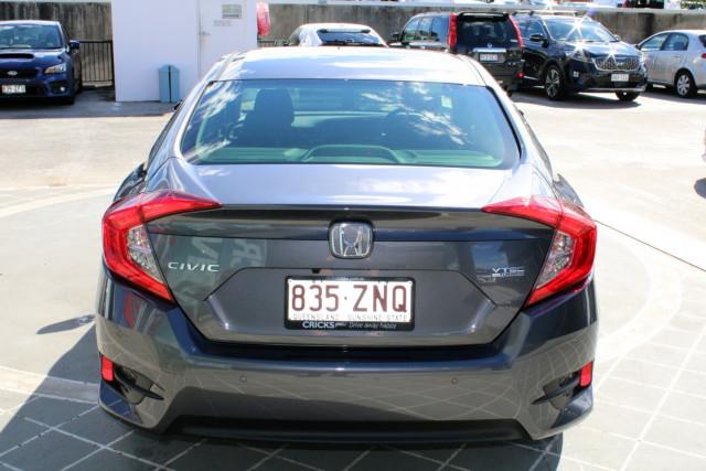 2019 Honda Civic Sedan 10th Gen VTi-L Sedan Image 5